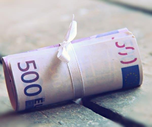 Как управлять рисками обесценивания активов из-за валютных колебаний?