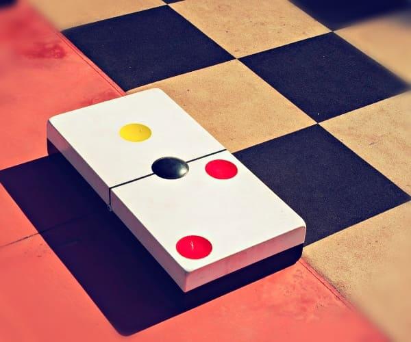 Доминируемая стратегия в теории игр